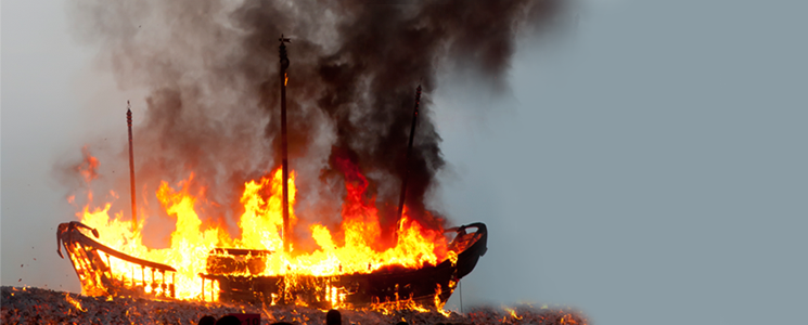 burning-boat3